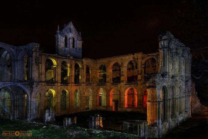 Nocturnas monasterio