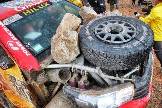 3-rueda-piedras